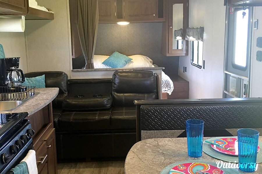 interior ** FULLY STOCKED** 2018 Heartland Pioneer Bunkhouse- Stocked and Ready! Palm Bay, FL