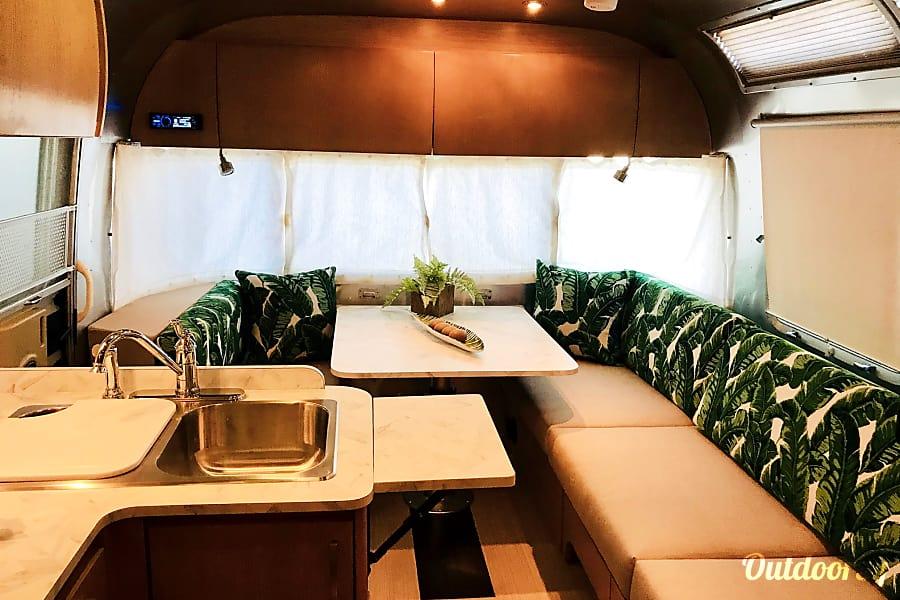 interior Airstream 25FB Safari San Diego, CA