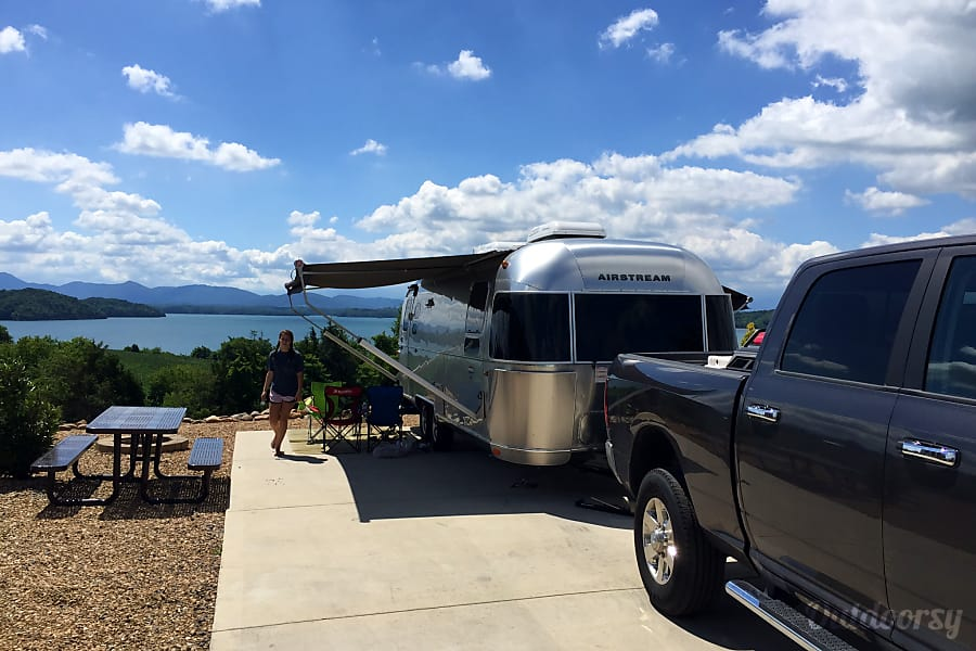 exterior 2016 Airstream International Thompson's Station, TN
