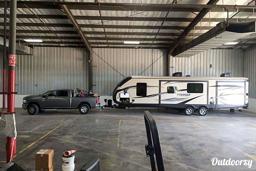 exterior Coyote Destinations- Premier Bullet with bunkhouse  Richmond, TX Richmond, TX