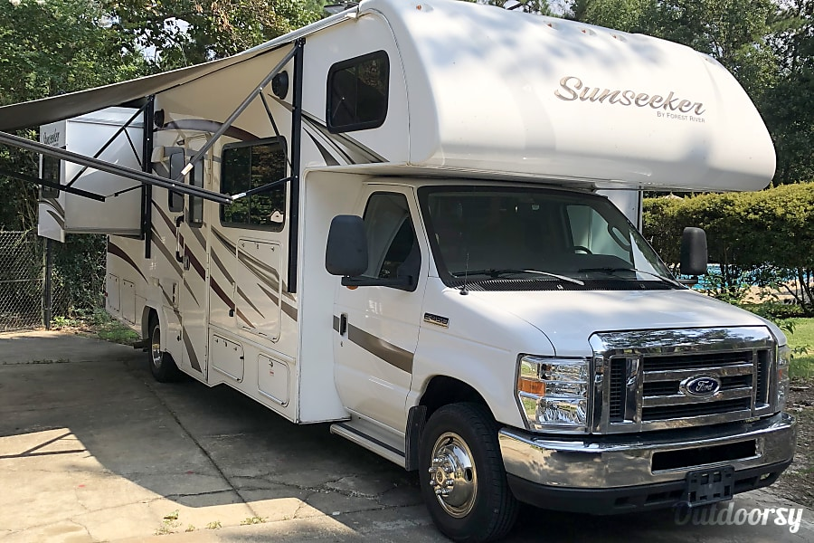 Forest River Sunseeker - Ready to Camp Fortson, GA