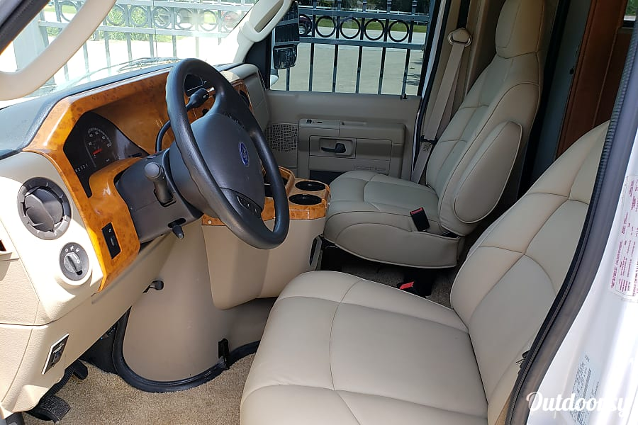 interior 2011 Ford Fourwinds Spring, TX