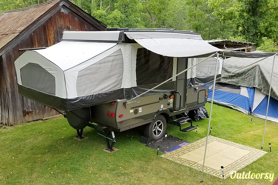 exterior 2017 Forest River Rockwood 1910 Extreme Sports Package Leominster, MA