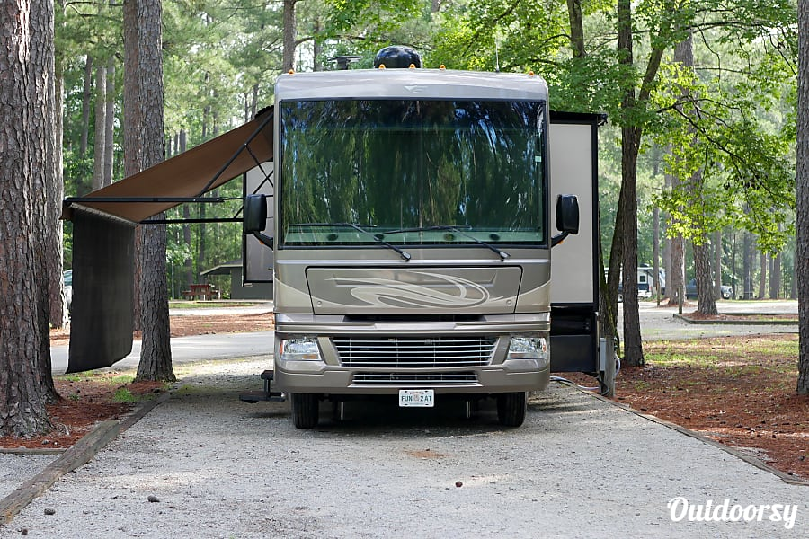 2015 Fleetwood Bounder Norfolk, VA
