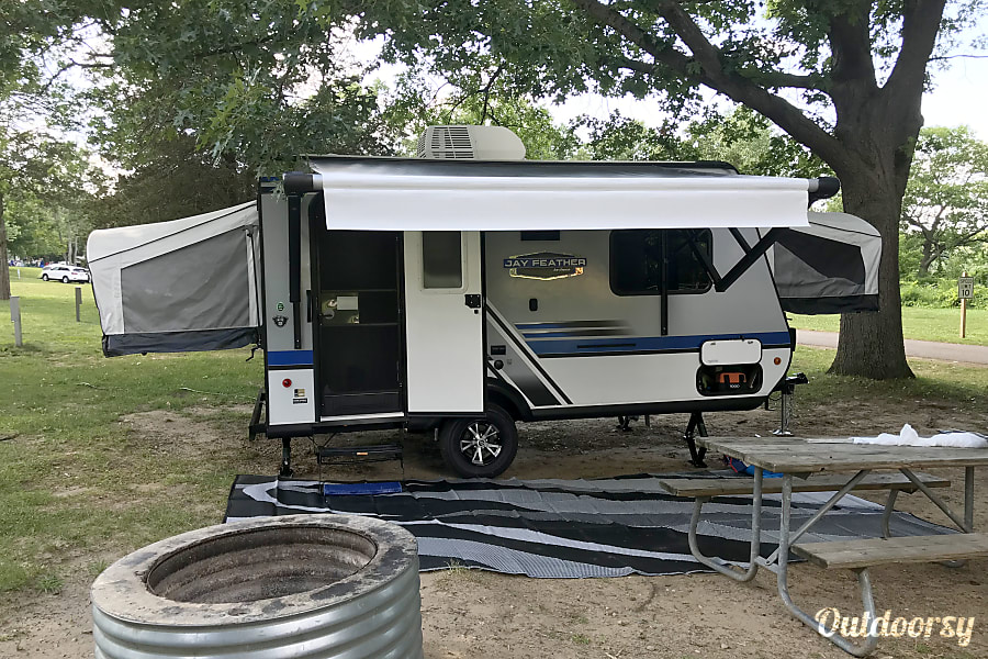 2018 Jayco Jay Feather Motor Home Class B Rental In