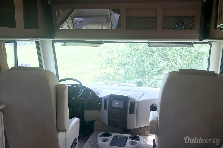 interior 2014 Thor Motor Coach A.C.E Gillett, PA