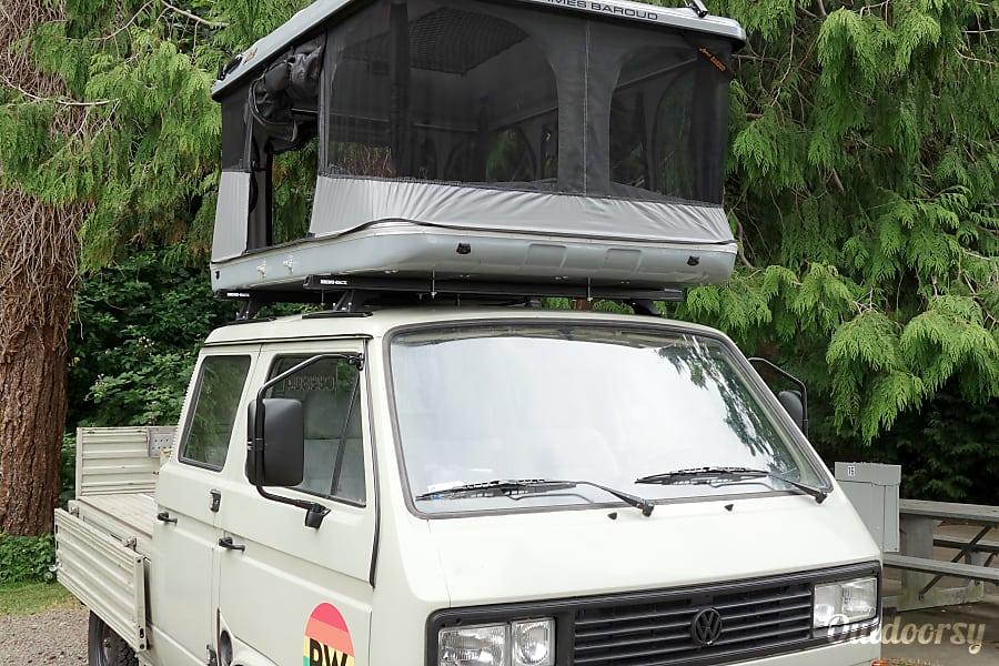 exterior PacWesty Van #7 - Dan Seattle, WA