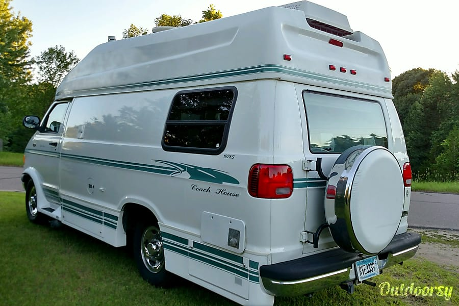 exterior Coach House Luxury Camper Van Cleveland, OH