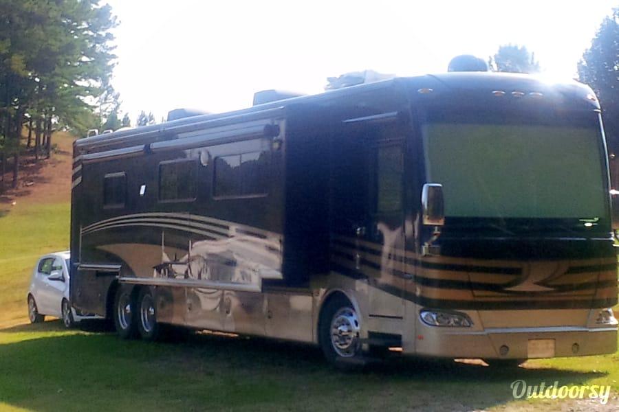 2013 Thor Motor Coach Tuscany Shelton, CT