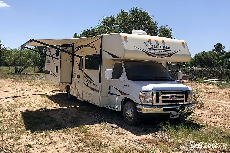 2015 Coachmen Freelander San Antonio, TX
