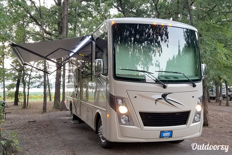 "2018 Thor Motor Coach Freedom Traveler "" Lucy "" Shreveport, LA"