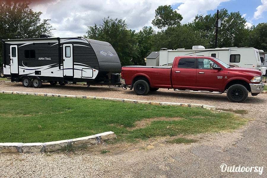 exterior 2018 Aspen Trail Robinson, TX