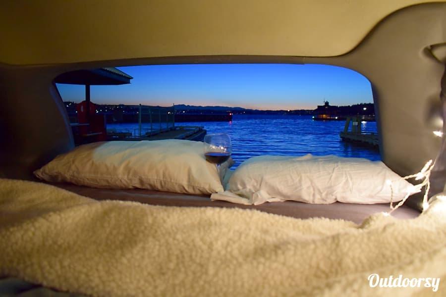 Stealthy Camper RV Chrysler Minivan Renton, WA