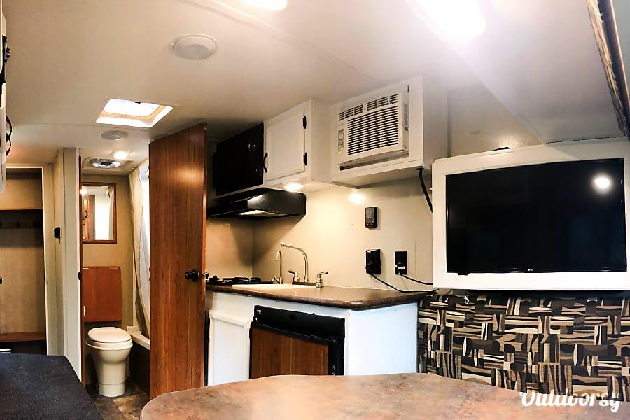interior Rustic Chic Camper-2016 Starcraft Ar-One Alexandria, VA