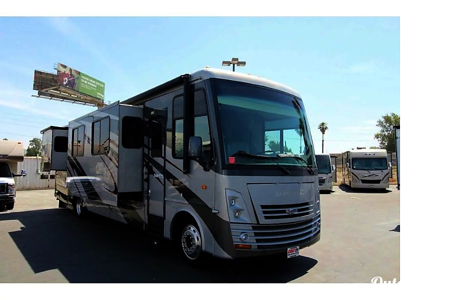 2008 Newmar Grand Star-Luxurious Front End Diesel with Great MPGs Los Angeles, CA