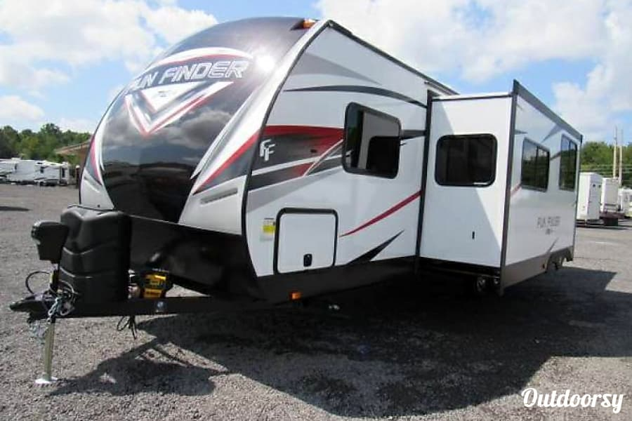 2018 Cruiser Rv Corp Fun Finder Xtra Fort Worth, TX