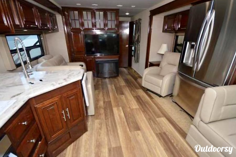 interior NEW!! 2018 Georgetown 38ft - Luxury Living RV! Indio, CA