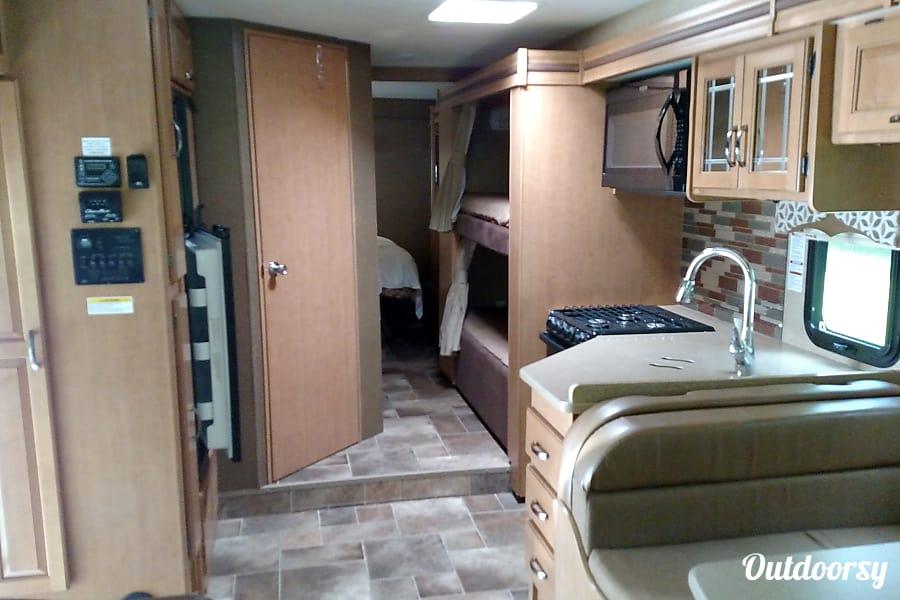 interior 2016 Thor Motor Coach Four Winds Tellico Plains, TN