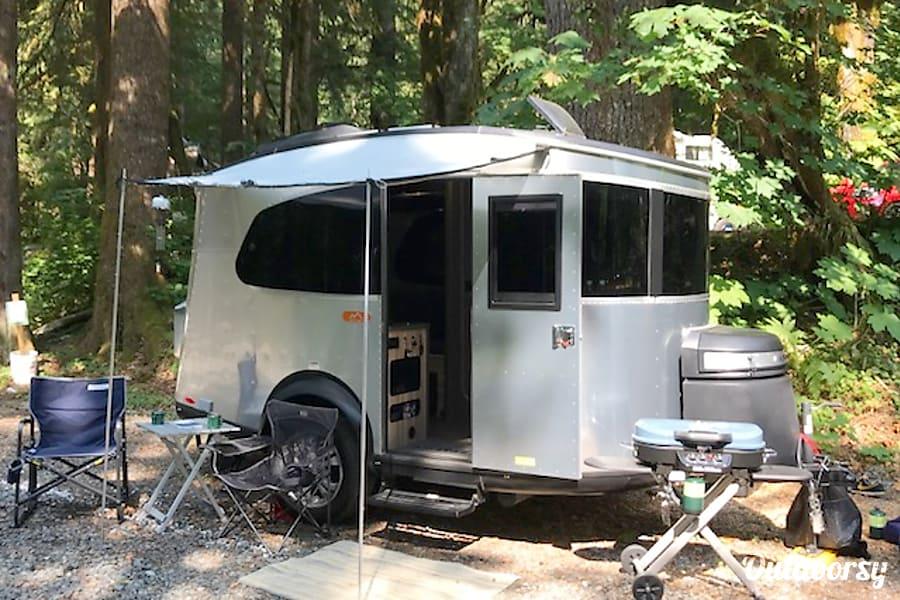 2018 Airstream Base Camp Trailer Rental In Seattle Wa