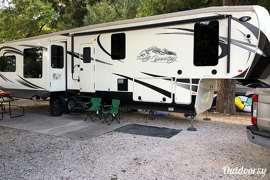 "exterior ""Basecamp"" Big Country luxury 5th Wheel Buda, TX"