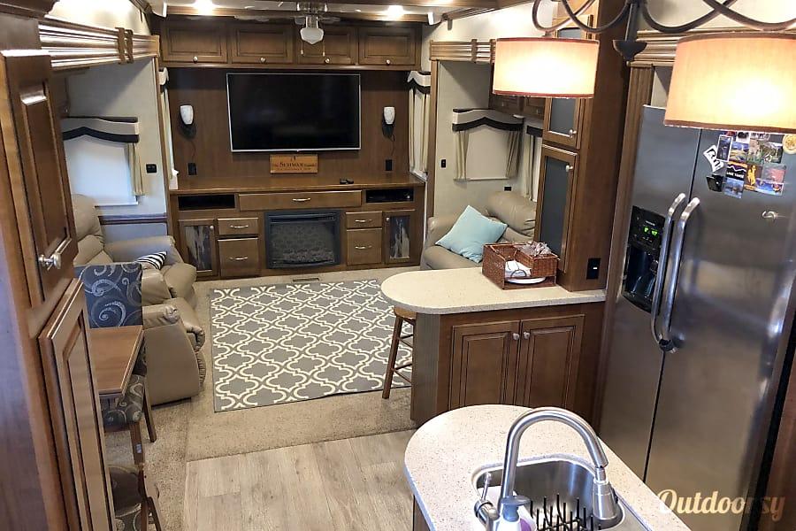 "interior ""Basecamp"" Big Country luxury 5th Wheel Buda, TX"
