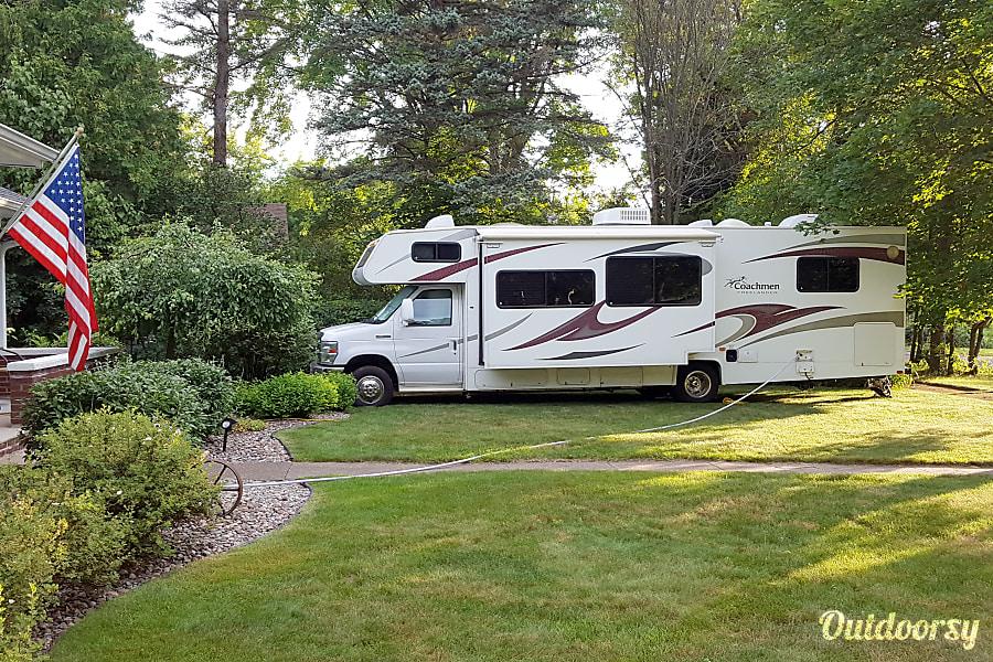 exterior 2009 Coachmen Freelander 3150SS Cortez, CO