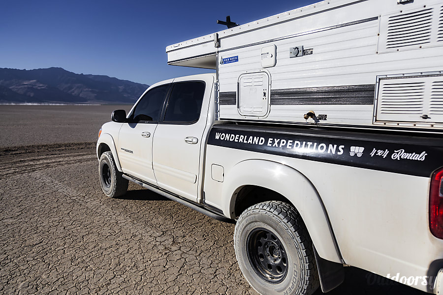 exterior Caballo Blanco: Toyota Tundra 4x4 + Four Wheel Camper Pop-up Portland, OR