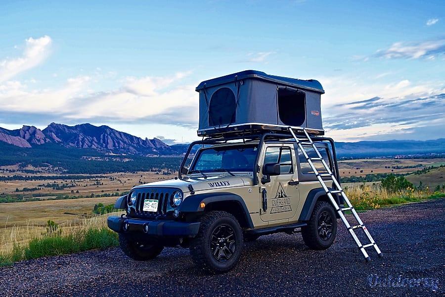 exterior Private Gobi Denver, CO