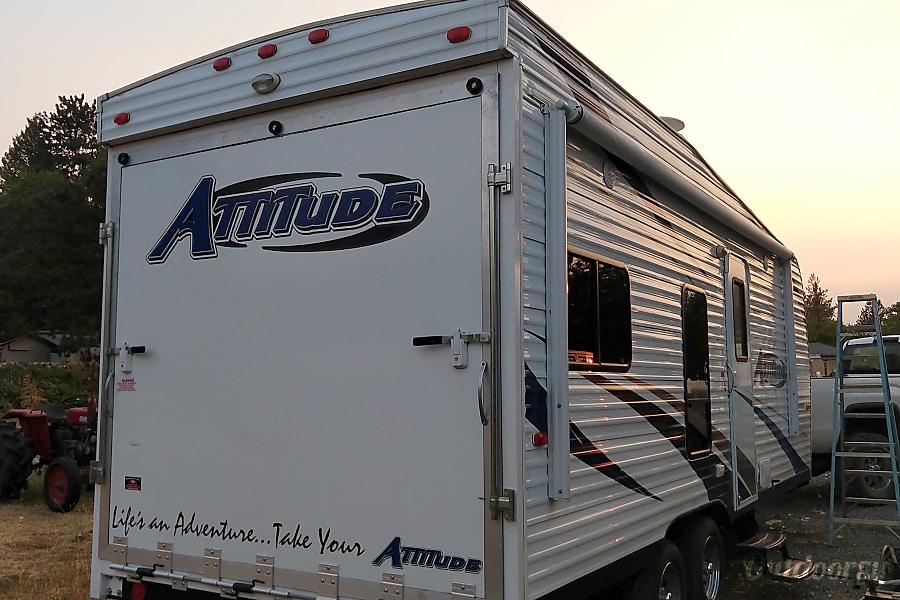 2015 Eclipse Recreational Vehicles Attitude Trailer Rental In Grants