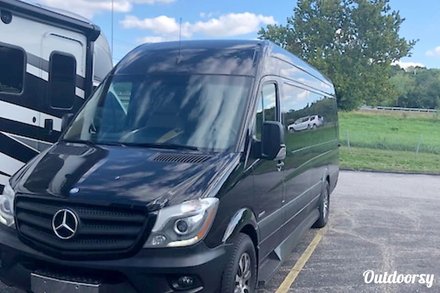 2014 Mercedes Benz Sprinter Kansas City, ...