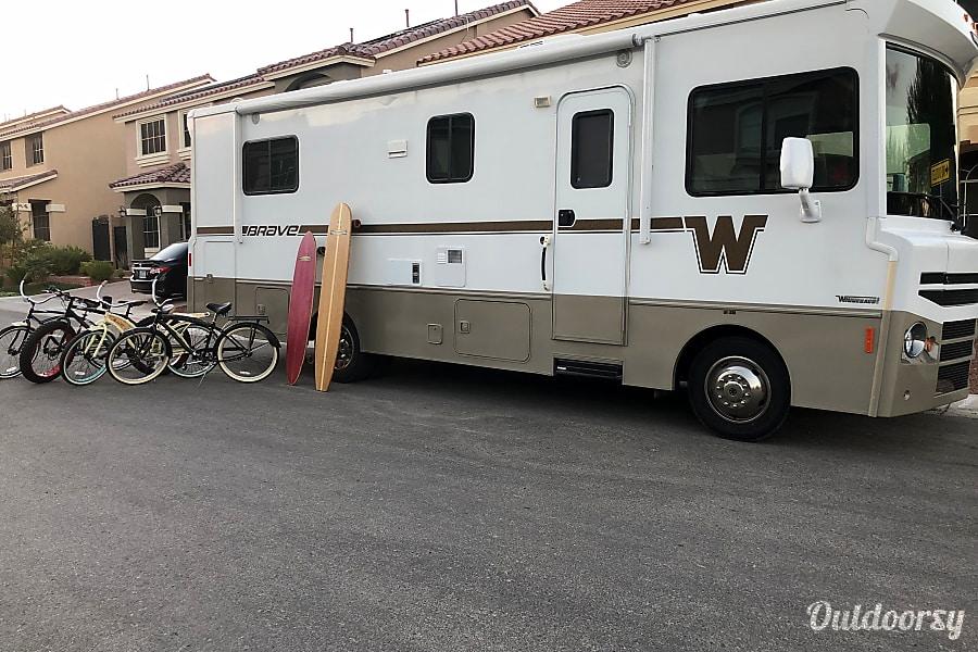 2015 Winnebago Brave-SOCAM Las Vegas, NV