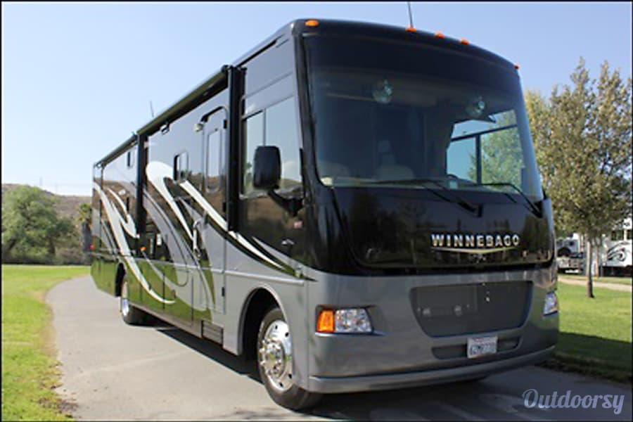 exterior 2013 Winnebago Vista 35B Class A Santee, CA