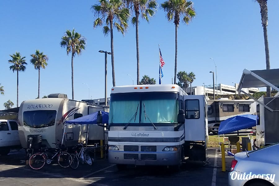 2003 Ford Mh Motor Home Class A Rental In Altadena Ca