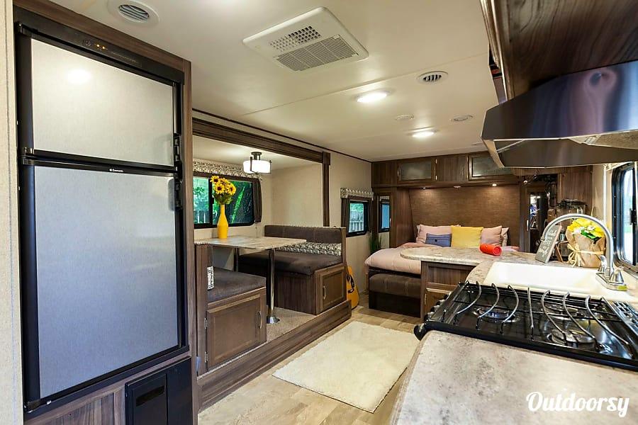 2018 Coachmen APEX 23MBS [LIGHT WEIGHT!!!] Houston, TX