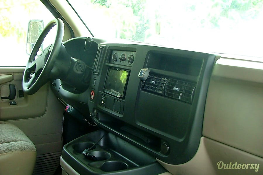 interior 2008 Thor Motor Coach Chateau Davie, FL