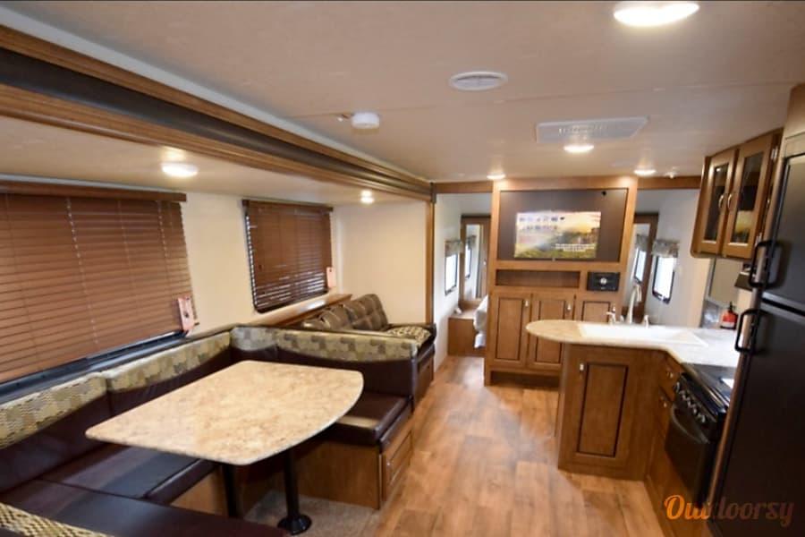 interior 2017 FOREST RIVER Redmond, OR