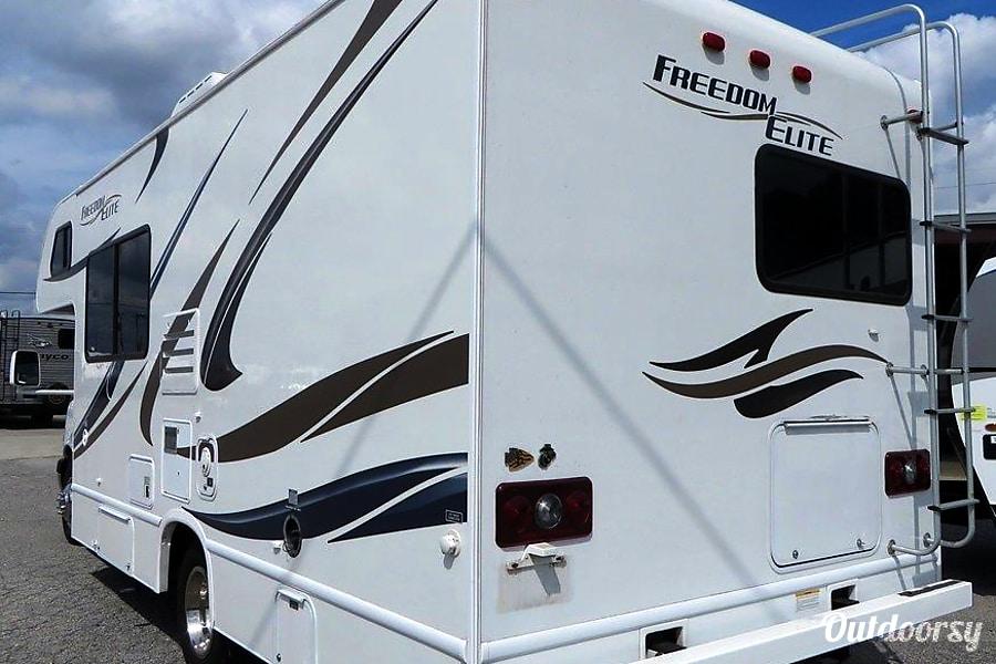 2014 Thor Motor Coach Freedom Elite Dickson, TN
