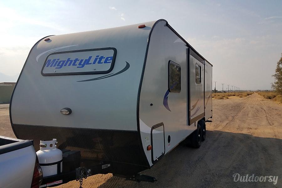 exterior 2016 Pacific Coachworks Mighty Lite Ridgecrest, CA