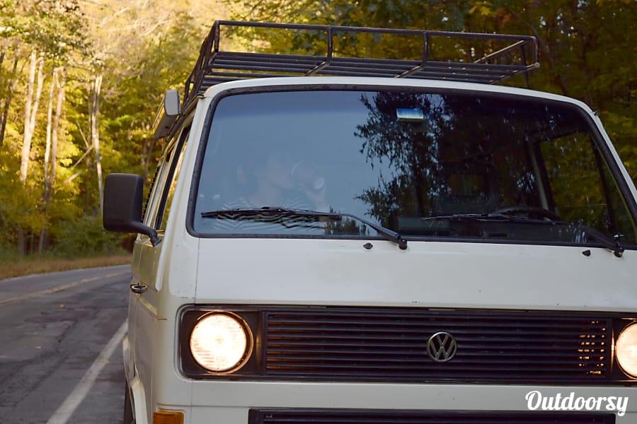 1986 Volkswagen Vanagon Motor Home Camper Van Rental In Hoboken Nj