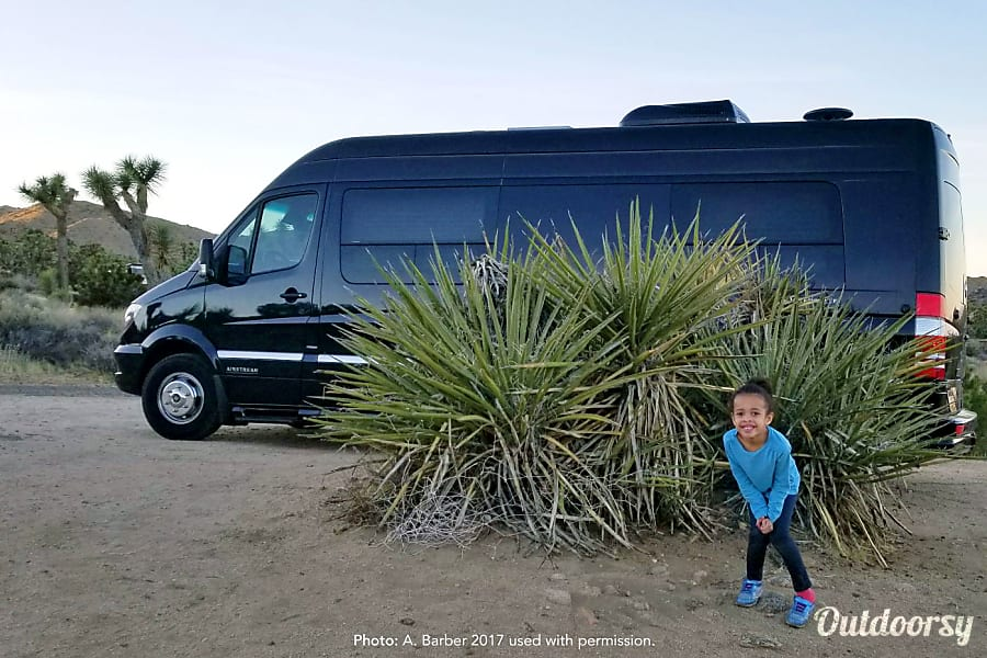 Luxury Mercedes Airstream - can deliver and pickup in Los Angeles area with advance notice. Los Angeles, CA