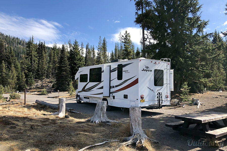 exterior 2018 Fully Loaded and Equipped Jayco Redhawk Portland, OR