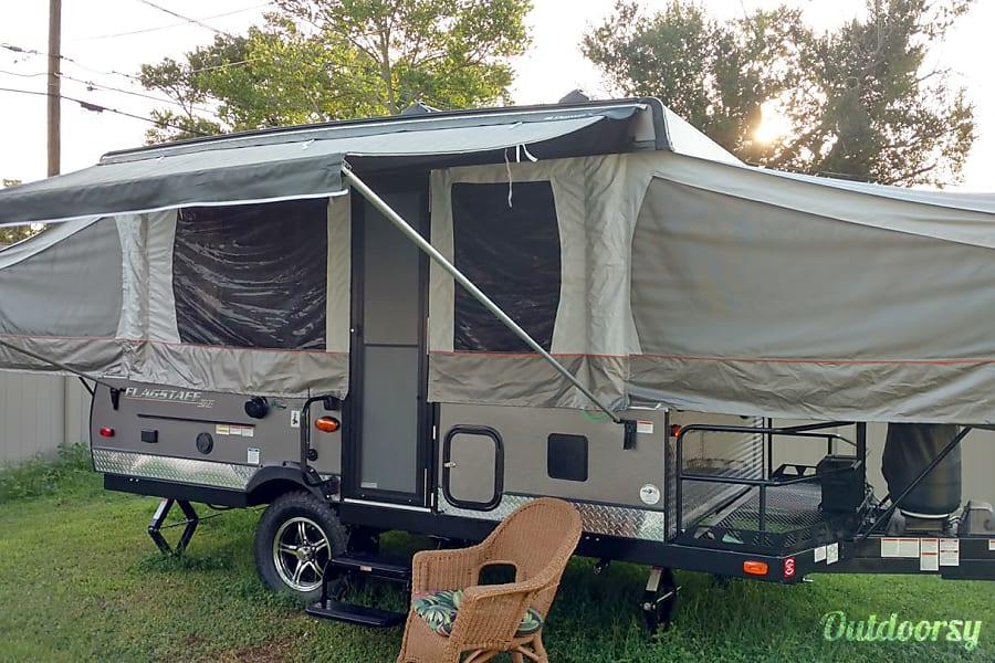 exterior 2018 Forest River Flagstaff Pop-Top Camper Saint Petersburg, FL