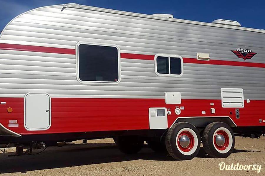 exterior 2017 Riverside Rv Retro 189R Austin, TX