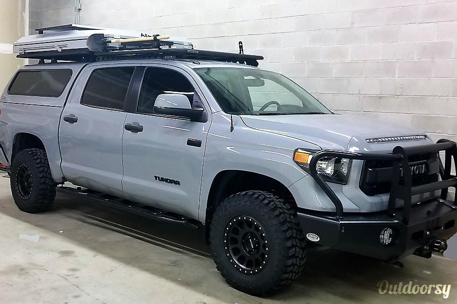 Tundra Trd Pro >> 2017 Toyota Tundra Motor Home Truck Camper Rental In Denver Co
