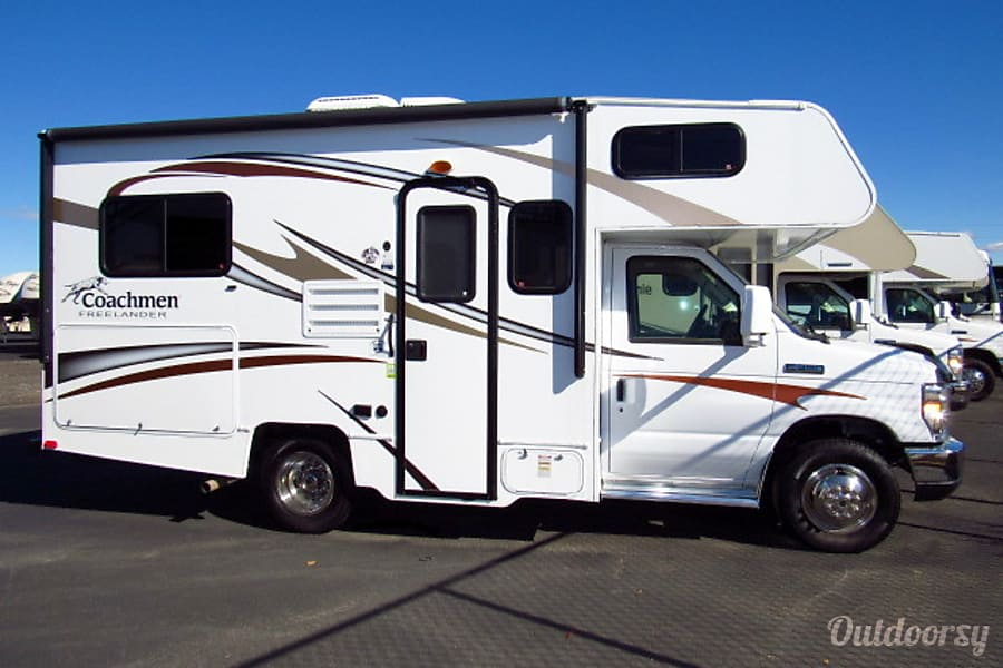 exterior 19' Mini RV EZ2Drive-Sleeps 5 Oceanside, CA