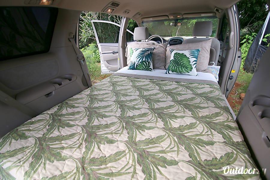 2005 Honda Odyssey Camper Motor Home Camper Van Rental In