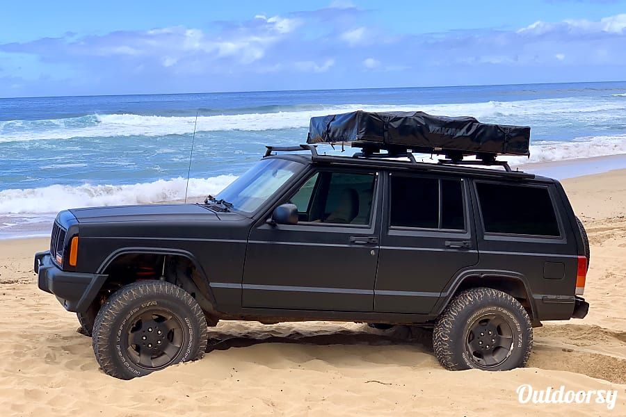 Jeep XJ 4x4 with Roof Top Tent Lihue, HI