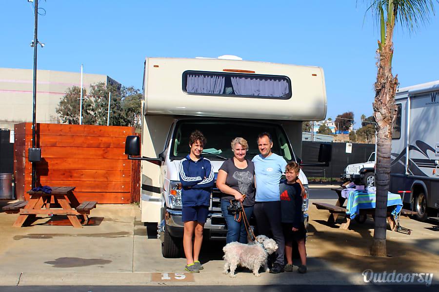 Best Family RV Vacation Rental San Diego, CA