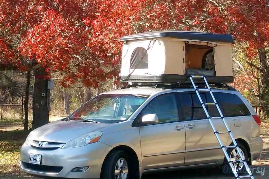 2008 toyota sienna motor home camper van rental in austin tx