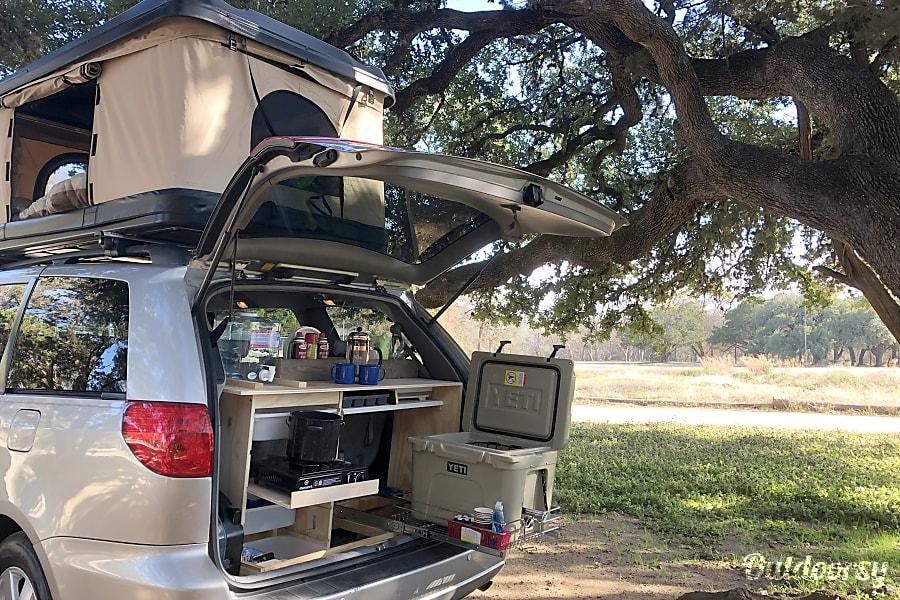 """VANilla"" Minivan Camper! Austin, TX"